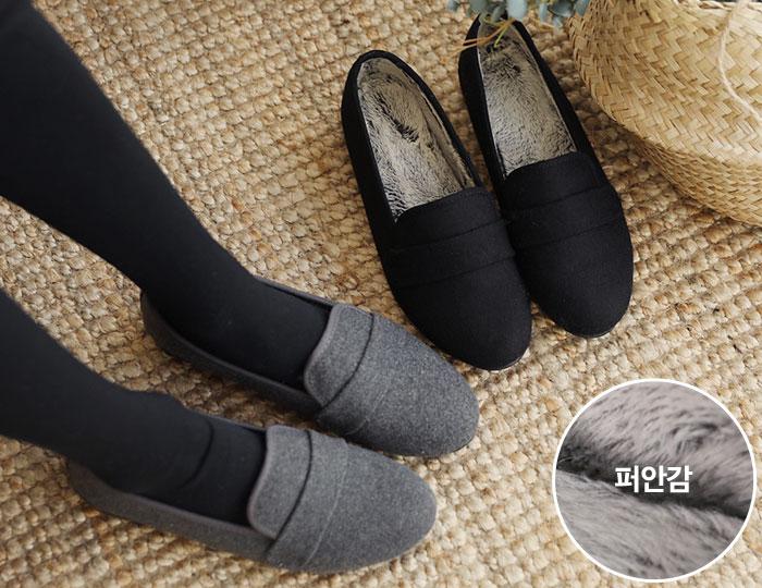 <b>ミニレッドフラットShoes</b>